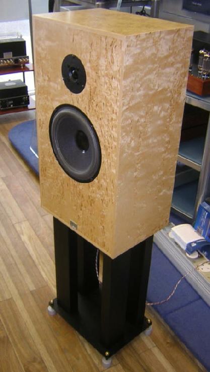 Deco Audio Speakers2